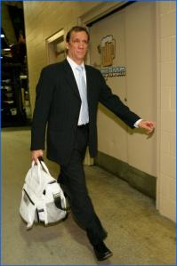 Flip is bring his man purse to Washington D.C. (Pic via thesportshernia.com)
