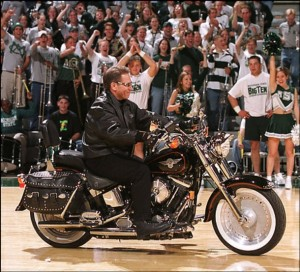 Izzo leads the Spartans into Ford Field.