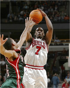 Gordon captivated Bulls fans with his scoring and frustrated them with his awful defense.